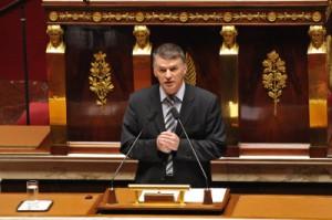 Philippe Folliot à la tribune de l'Assemblée Nationale