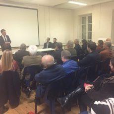Philippe FOLLIOT en réunion publique à Réalmont