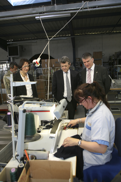 Jean-Louis BORLOO et Philippe FOLLIOT visitent l'entreprise REGAIN
