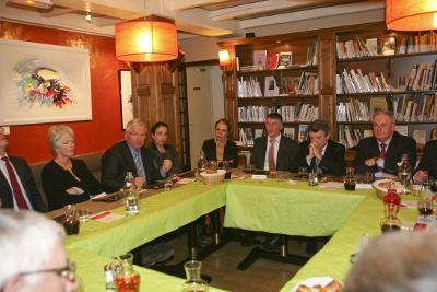 Jean-Louis BORLOO échange avec les élus locaux de la FEDIT
