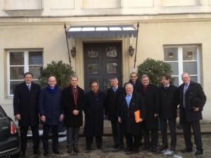 Philippe FOLLIOT, au côté de l'ambassadeur d'Egypte en France et des des membres du groupe d'amitié France/Égypte