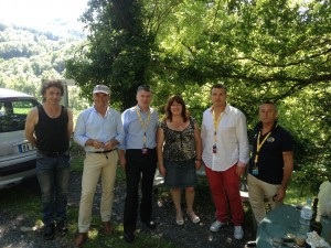 Philippe FOLLIOT en compagnie de Bernard HINAULT (avec la casquette) et de Sylvain MARCONNET (chemise blanche)