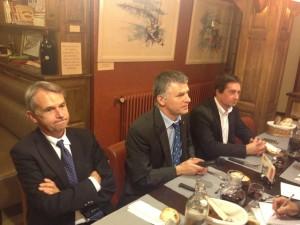 Philippe FOLLIOT avec Michel DHOMPS, président du CO, à gauche, et Jean-Jacques CASTANET, président du SCA, à droite.