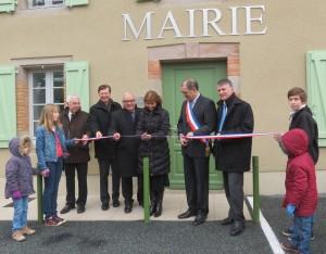 Inauguration des locaux de la mairie de Roumégoux