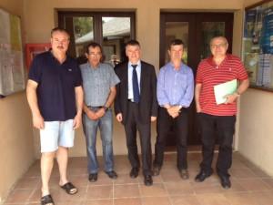 Philippe FOLLIOT entouré des élus de Rayssac