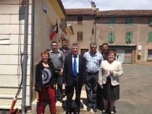 Philippe FOLLIOT et Gisèle DEDIEU avec les élus du Fraysse