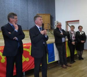 Philippe FOLLIOT en compagnie de Gisèle DEDIEU, suppléante, de Philippe BONNECARRERE, Sénateur du Tarn, et de sa suppléante Brigitte PAILHE-FERNANDEZ