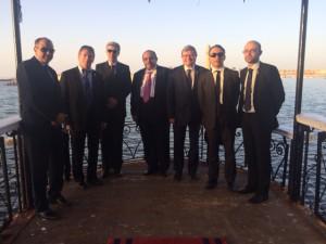 La délégation française aux côtés du Gouverneur et responsable de la sécurité d'Alexandrie
