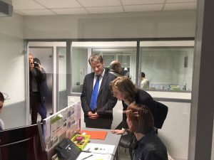 Philippe FOLLIOT aux côtés de Nathalie KOSCIUSKO-MORIZET lors de la visite de l'entreprise EBS à Castres