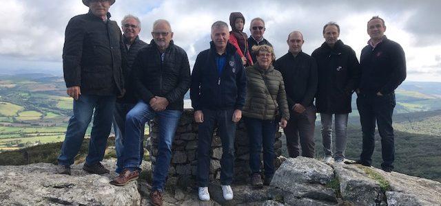 Philippe FOLLIOT et les maires du secteur gravissent le Montalet