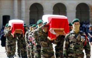 Hommage à Cédric DE PIERREPONT et Alain BERTONCELLO, sous-officiers du commando Hubert morts pour la France