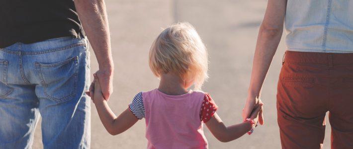 Question écrite : financement des espaces de rencontre parents-enfants