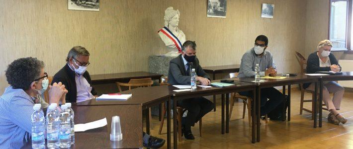 Philippe FOLLIOT réunit les maires de la circonscription et l'ARS pour parler eau