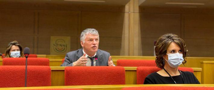 Philippe Folliot interpelle Gérald Darmanin en réunion de groupe de l'Union Centriste