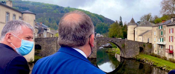 Le secrétaire d'Etat à la ruralité en visite dans le Tarn