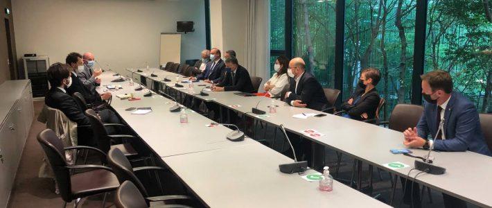 Philippe Folliot et les membres de l'APR rencontre France TV pour «Rencontres à XV»